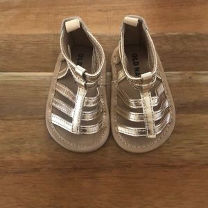 Old Navy gold sandals size 1